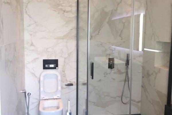 palm-bathroom-img3-min
