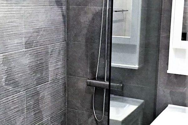 the-villa-bathroom-img7-min